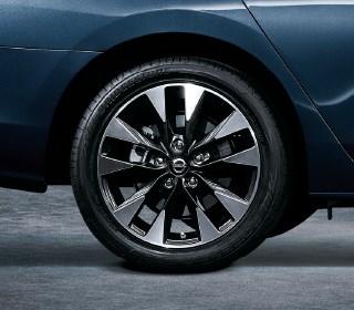 高性能輪胎 凌駕乾濕地的穩靜移動